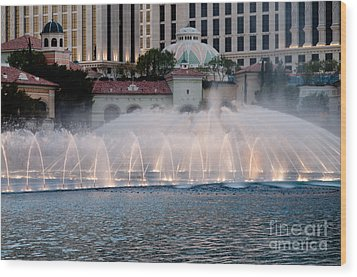 Bellagio Fountain Patterns 2 Hotel Casino Fountains Las Vegas Nevada Wood Print by Andy Smy