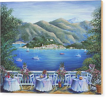 Bellagio From The Cafe Wood Print by Marilyn Dunlap