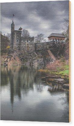 Belvedere Castle Vertical Wood Print by Ariane Moshayedi
