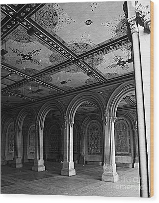 Bethesda Terrace Arcade In Central Park - Bw Wood Print by James Aiken