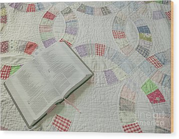 Bible On Quilt Wood Print