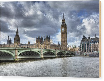 Big Ben And Thames Wood Print by Shawn Everhart
