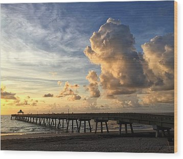 Big Cloud And The Pier, Wood Print