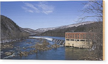 Wood Print featuring the photograph Big Island Power Plant by Alan Raasch