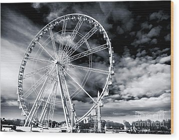 Big Wheel In Paris Wood Print by John Rizzuto
