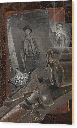 Billy And Pat Wood Print by Robert Hudnall