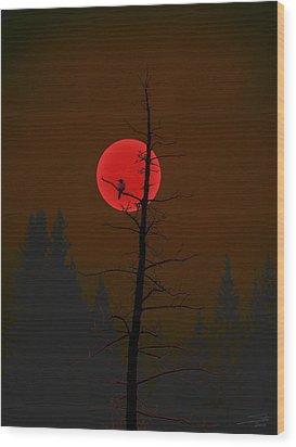 Wood Print featuring the digital art Bird In A Tree by Stuart Turnbull