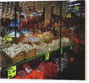 Biward Market Garlic Wood Print