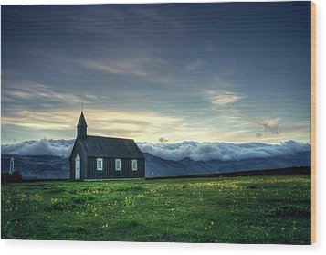 Wood Print featuring the photograph Black And Isolated by Peter Thoeny