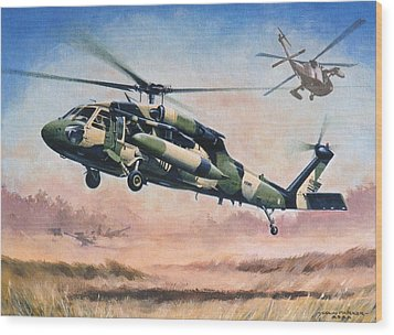 'blackhawk Manoevours' Wood Print