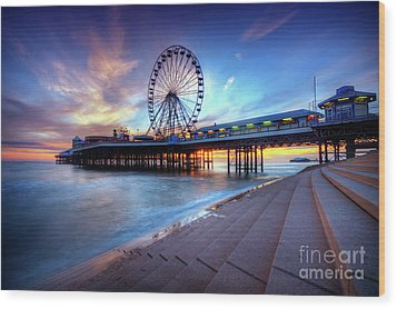 Blackpool Pier Sunset Wood Print by Yhun Suarez