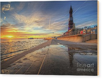 Blackpool Sunset Wood Print by Yhun Suarez