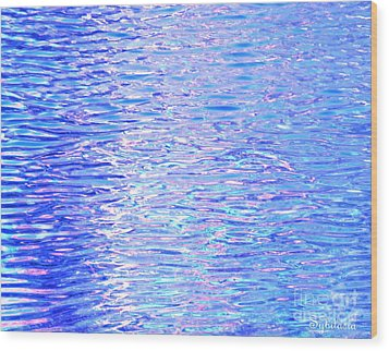 Blissful Blue Ocean Wood Print