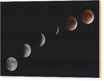 Blood Moon Lunar Eclipse Wood Print