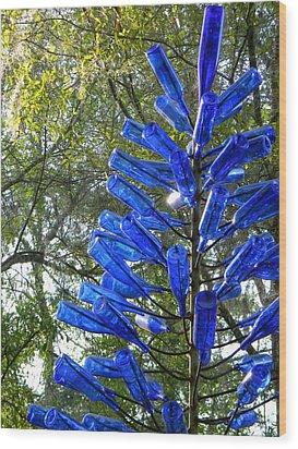 Blue Bottle Tree Wood Print by Warren Thompson