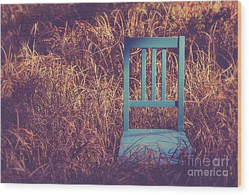 Blue Chair Out In A Field Of Talll Grass Wood Print by Edward Fielding