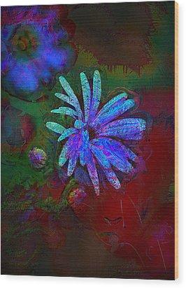 Wood Print featuring the photograph Blue Daisy by Lori Seaman