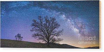 Blue Ridge Milkyway Wood Print by Robert Loe
