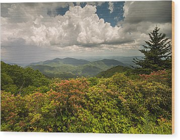 Blue Ridge Parkway Green Knob Overlook Wood Print by Rick Dunnuck