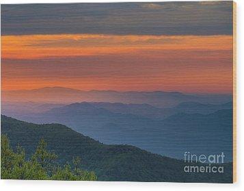 Blue Ridge Sunrise At Wintergreen  Wood Print