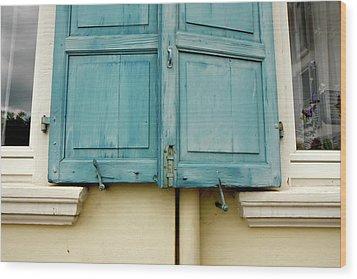 Wood Print featuring the photograph Blue Shutters Rudesheim by KG Thienemann