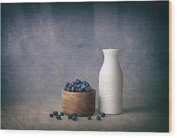 Blueberries And Cream Wood Print by Tom Mc Nemar