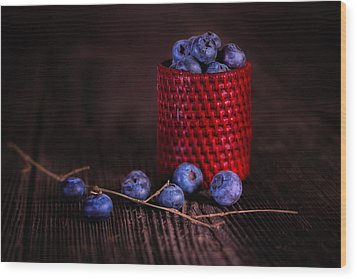 Blueberry Delight Wood Print by Tom Mc Nemar