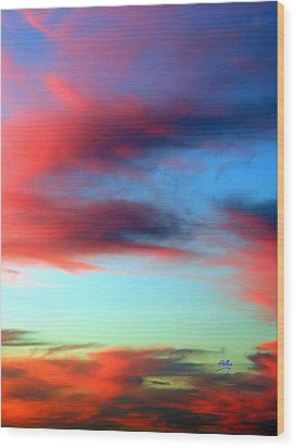 Blushed Sky Wood Print by Linda Hollis