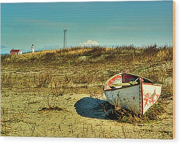 Boat At Point Wilson Wood Print by Dale Stillman