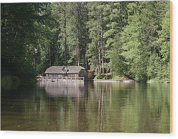 Boathouse On The Brule Wood Print by Ron Read