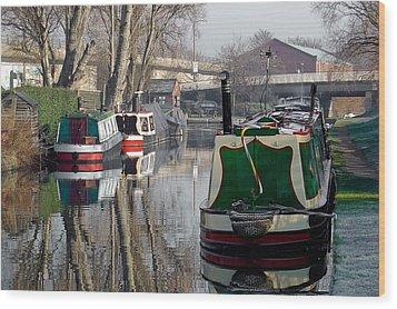 Boats At Horninglow Basin Wood Print by Rod Johnson