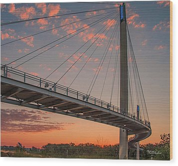 Bob Kerry Bridge At Sunrise-4 Wood Print