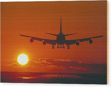 Boeing 747 Wood Print by David Nunuk