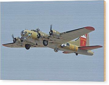 Boeing B-17g Flying Fortress N93012 Nine-o-nine Phoenix-mesa Gateway Airport Arizona April 15, 2016 Wood Print by Brian Lockett