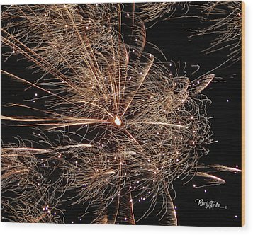 Wood Print featuring the photograph Bold Burst #0711 by Barbara Tristan