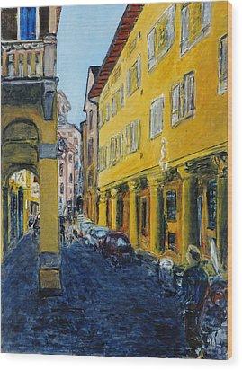 Bologna Galeria Wood Print by Joan De Bot