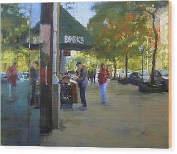 Book Browsing On Broadway Wood Print