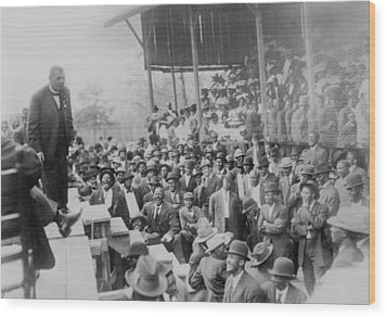 Booker T. Washington Addressing Wood Print by Everett