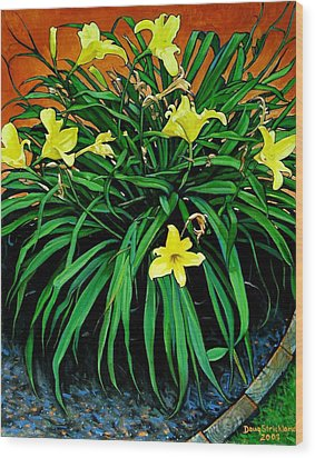 Border Daylilies Wood Print by Doug Strickland