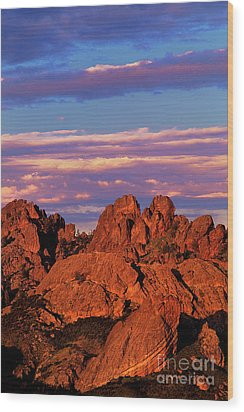 Boulders Sunset Light Pinnacles National Park Californ Wood Print