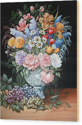 Bouquet In A Crystal Vase Wood Print
