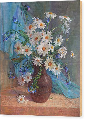 Bouquet Of Daisies In A Vase From Clay Wood Print