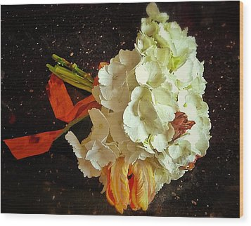 Bouquet Wood Print by Olivier Calas