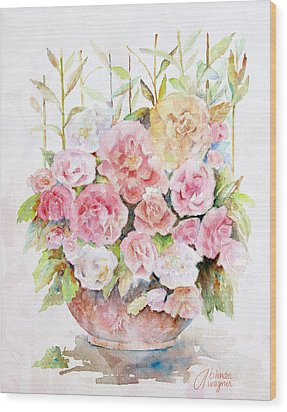 Bowl Full Of Roses Wood Print by Arline Wagner