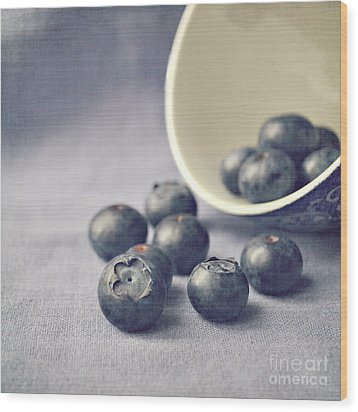 Bowl Of Blueberries Wood Print