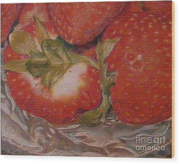 Bowl Of Strawberries Wood Print by Crispin  Delgado