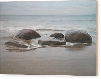 Bowling Ball Beach Wood Print by Francesco Emanuele Carucci