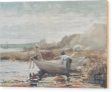 Boys On The Beach Wood Print by Winslow Homer