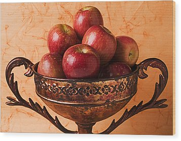 Brass Bowl With Fuji Apples Wood Print by Garry Gay
