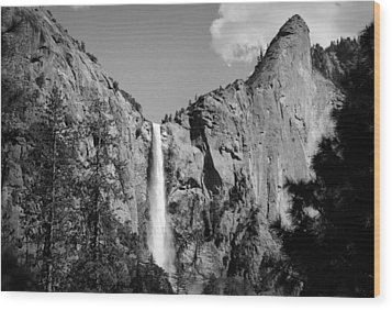 Wood Print featuring the photograph Bridailveil Fall by Emanuel Tanjala
